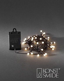 Kersen Licht Set met 80 Warm Witte LEDs Zwarte Kabel Timer en Schemersensor op Batterijen IP44
